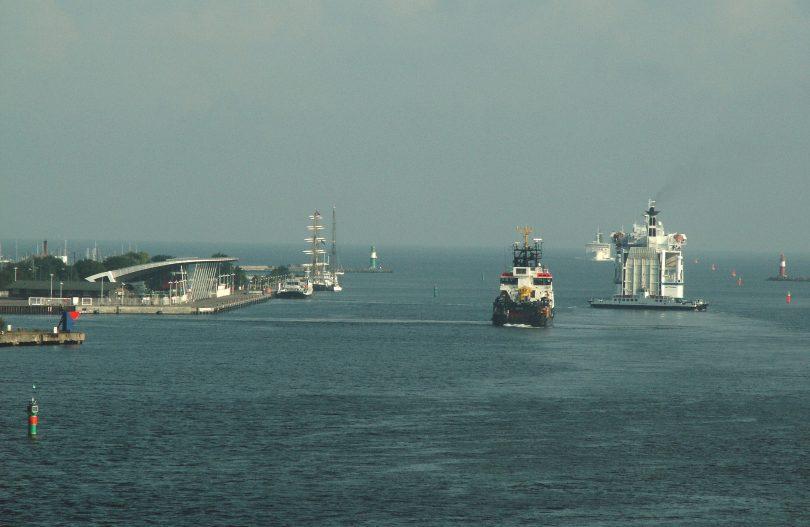 Enge Hafeneinfahrt