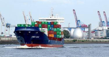 Schiffahrt im Hamburger Hafen