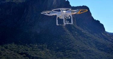 Zivile Drohne in größerer Höhe