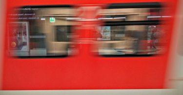 Schienenpersonennahverkehr. Bild: Pixabay