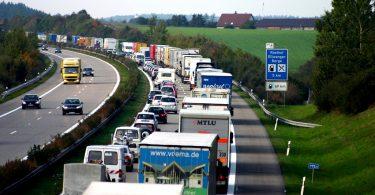 Verkehrsranking: Stau oder Ausbau