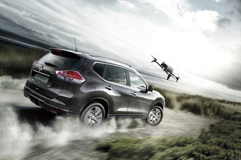 Nissan_X_Trail_X_Scape_Sondermodell mit Drohne