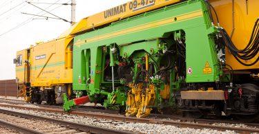 Gleisbau Stopfmaschine Unimat 09-475/4S N-Dynamic