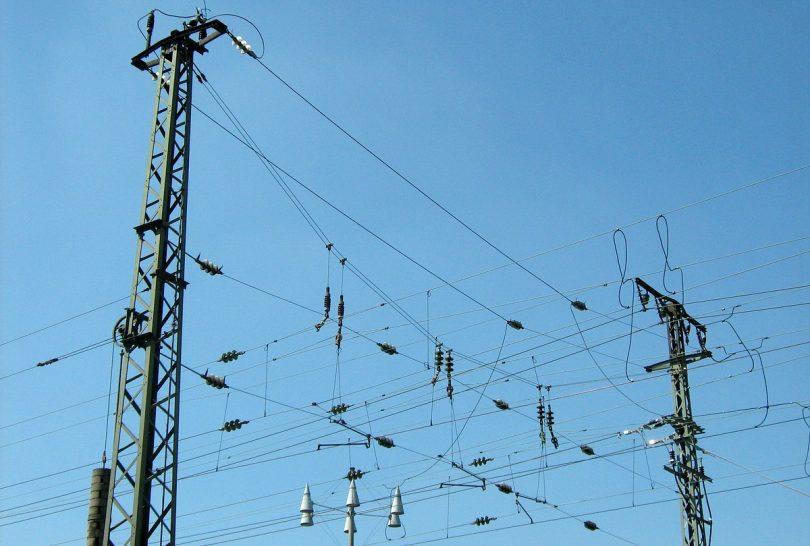 Oberleitung Bahnstrom Leitsystem