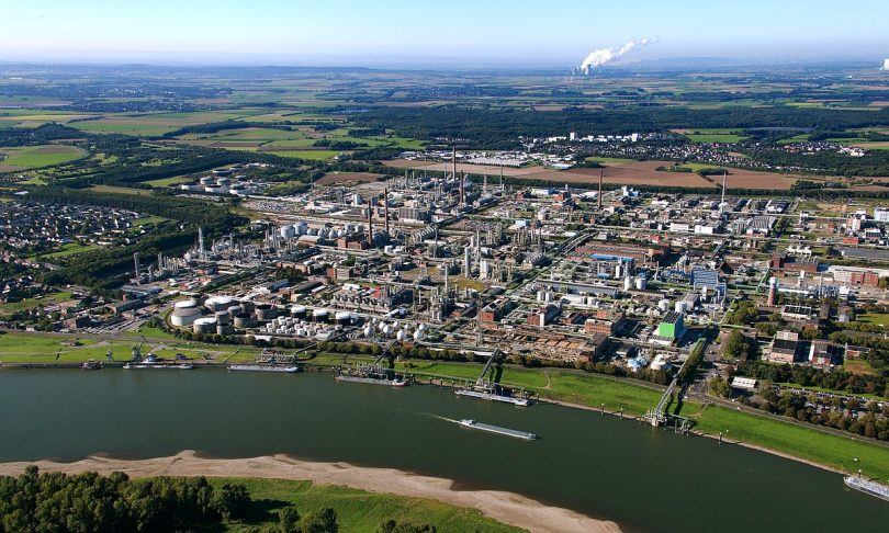 Ineos refinery in Cologne