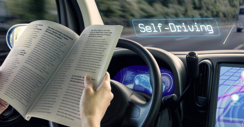 selbst fahrendes Auto