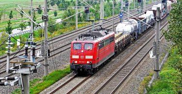 mehr Güterverkehr auf der Schiene