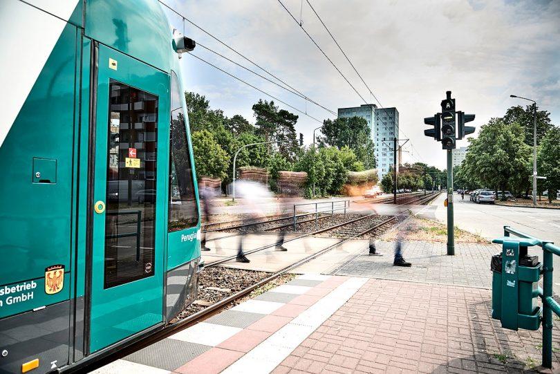 autonomous tram | autonom fahrende Straßenbahn