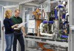 Bosch steigt in die Serienfertigung von Brennstoffzellen für LKW und PKW ein