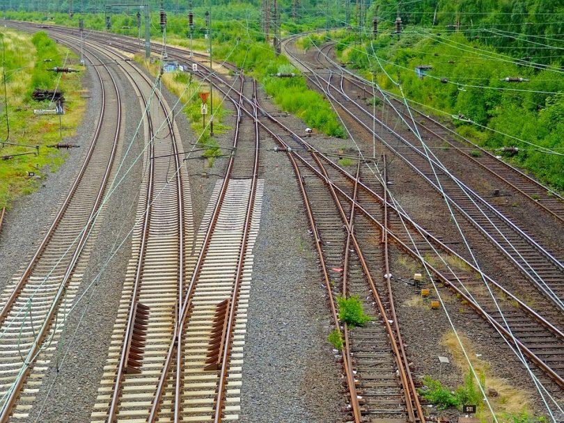 Kontrolle von Bahnanlagen von oben