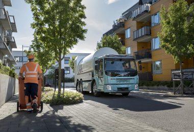 Volvo FE Electric refuse truck