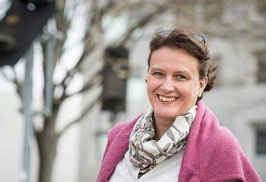 Prof. Dr. Corinna Salander.