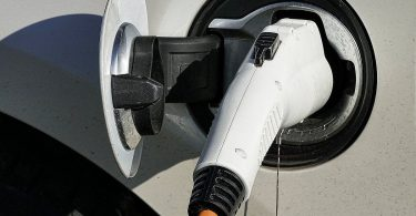 Batterien für Elektroautos: Faktencheck und Antworten