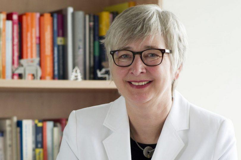Forscherin am KIT kennt die Perspektive einer Universität als auch die einer Großforschungseinrichtung: Dorothea Wagner