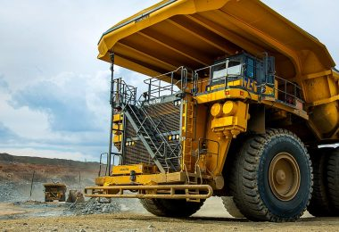 Williams Advanced Engineering WAE and Anglo American develop FCEV mining truck