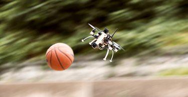 Ereigniskameras lassen Drohnen im Flug schneller reagieren