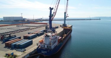 """Die """"MS Constance"""", das neue Containerschiff für Baltic Sea Bridge, im Mukran Port."""