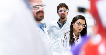 Feststoffbatterien – Forschung an der Batterie der Zukunft