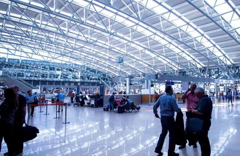 Privilegien runter, Klimaschutz rauf: Studie zur Bevorteilung des Luftverkehrs