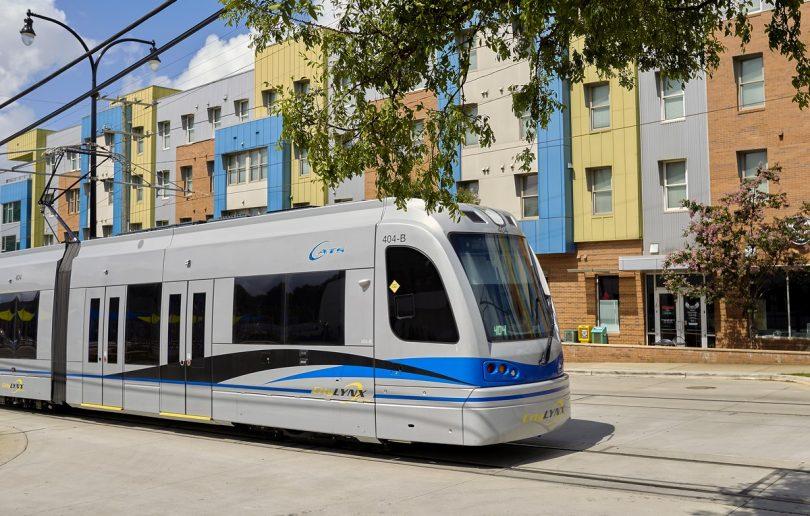 Batterie Hybridstraßenbahnen von Siemens Mobility gehen in Charlotte, North Carolina, in den Fahrgastbetrieb