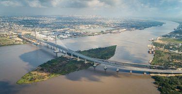 Pumarejo-Schrägseilbrücke bei Barranquilla, die längste Straßenbrücke Kolumbiens