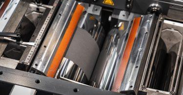 Batterieelektroden umweltfreundlicher im Trockenbeschichtungsverfahren herstellen